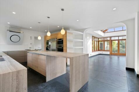 Ockham Lane, Cobham, Surrey, KT11. 5 bedroom detached house