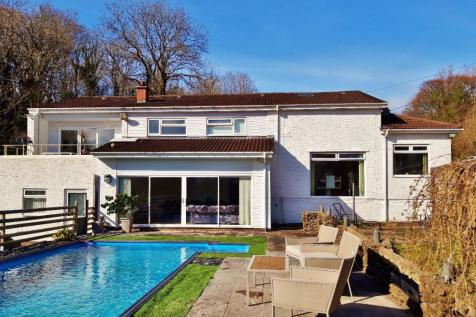 White Lodge, Rhiwbina Hill, Cardiff. 8 bedroom detached house