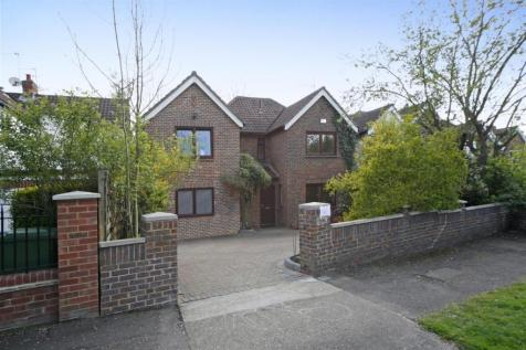 Cottenham Park Road, West Wimbledon, London, SW20. 5 bedroom detached house