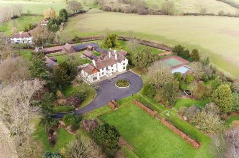 Downham. 8 bedroom country house for sale