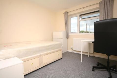 Hesters Way Road, Cheltenham, Gloucestershire, GL51. 1 bedroom house share