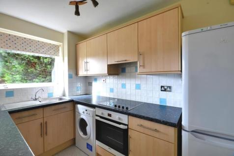 Cranston Close, Ickenham, Middlesex, UB10 8TH. 1 bedroom flat