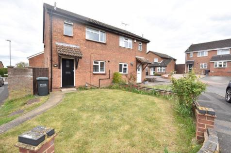 Leygreen Close, Luton, Bedfordshire property