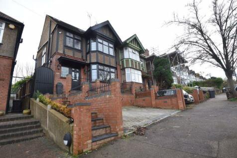 Cutenhoe Road, Luton. 5 bedroom semi-detached house for sale