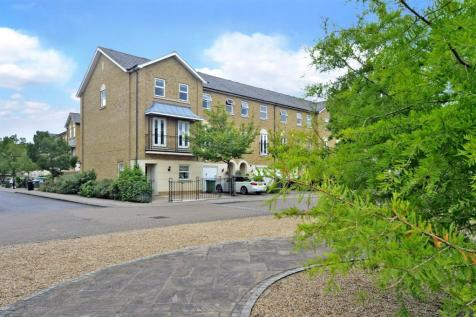 Williams Grove, Surbiton. 4 bedroom end of terrace house