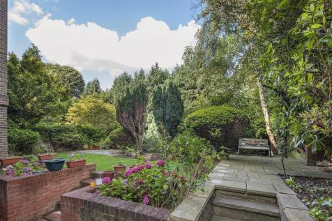 Garden Apartment, West Heath Road, Hampstead, NW3. 4 bedroom flat for sale