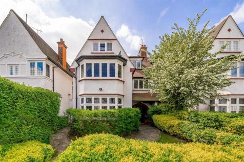 West Heath Drive, Golders Hill Park NW11. 4 bedroom house