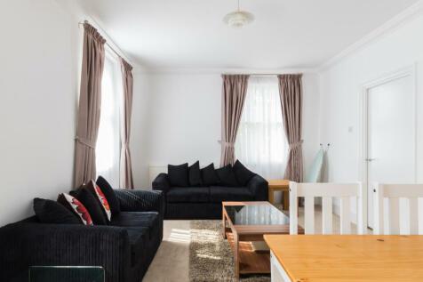 Clifton Road, London, W9. 3 bedroom maisonette