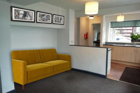 Thornton Road, Morecambe, LA4. 2 bedroom flat
