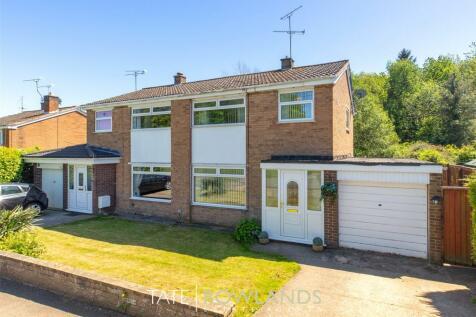 Normanby Drive, Connah's Quay, Flintshire, CH5, North Wales - Semi-Detached / 3 bedroom semi-detached house for sale / £155,000
