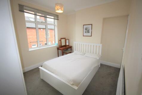 Rose Street, York, North Yorkshire, YO31. 3 bedroom end of terrace house