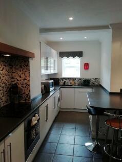 Meadow Street, Treforest, Pontypridd. 3 bedroom house