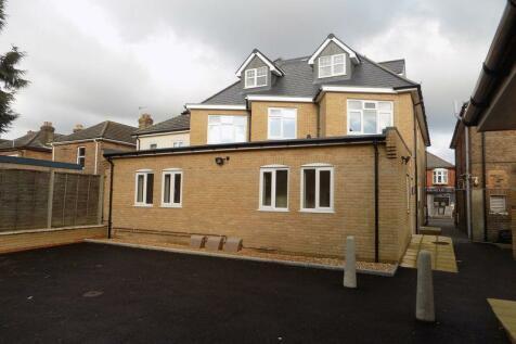 Ensbury Park, Bournemouth. 2 bedroom flat