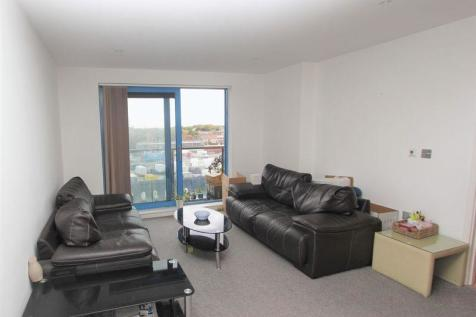Westgate Apartments, Royal Docks, E16. 2 bedroom flat