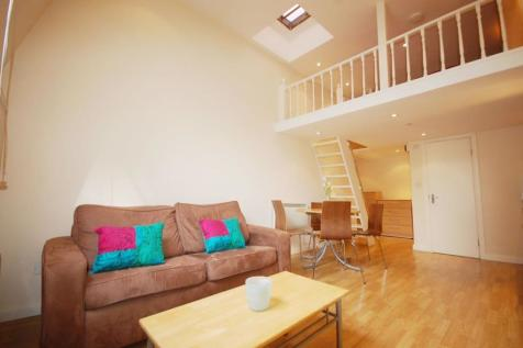 Palace Court, Notting Hill / Bayswater, W2. Studio flat