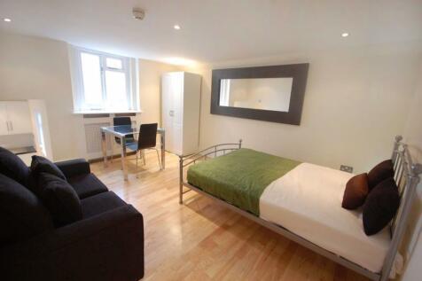 Belgrave Road, London, SW1V. Studio flat