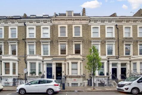 Finborough Road, Earl`s Court / Chelsea SW10. 2 bedroom flat