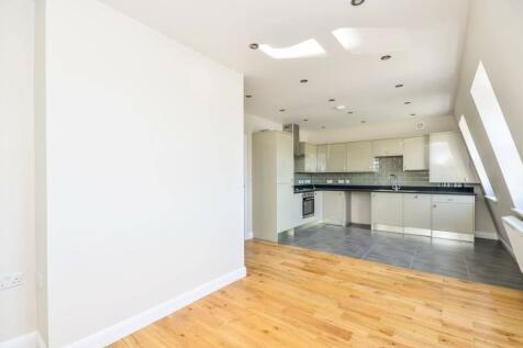Rye Lane, Peckham, London, SE15. 2 bedroom flat