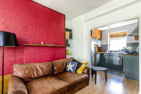 Pomeroy Street, Peckham, London, SE14. 1 bedroom flat for sale