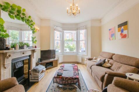 Bushey Hill Road, Camberwell, London, SE5. 4 bedroom terraced house for sale