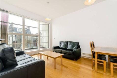 Bethwin Road, Camberwell, London, SE5. 2 bedroom flat