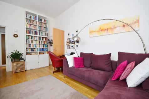 St Giles Road, Camberwell, London, SE5. 2 bedroom flat