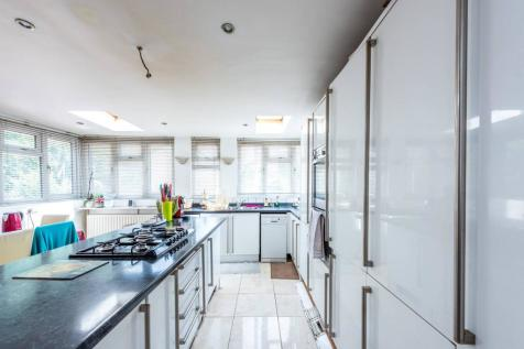 South Lambeth Road, SW8, Vauxhall, London, SW8. 5 bedroom house for sale