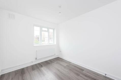 Wilbraham House, Vauxhall, London, SW8. 2 bedroom flat