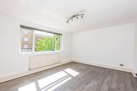 Thorncroft Street, Vauxhall, London, SW8. 3 bedroom flat