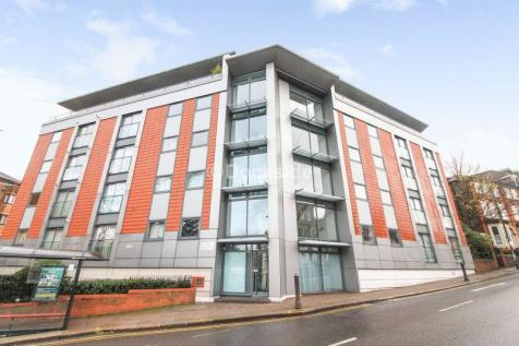 St Catherines Court, Star Hill, Rochester. 2 bedroom apartment