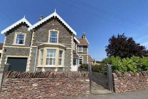 Woodend Road, Frampton Cotterell. 4 bedroom detached house