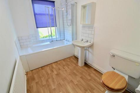Hartopp Road, Leicester. 2 bedroom house