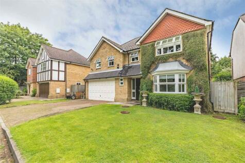 Holm Grove, Hillingdon, Middlesex. 5 bedroom detached house