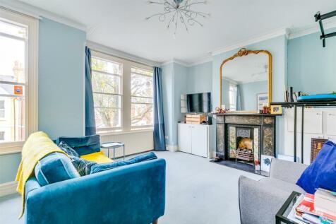 Temple Road, Chiswick. 1 bedroom flat