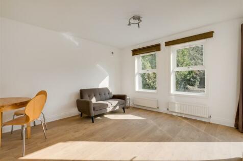 Oxford Road North, Chiswick, London. 1 bedroom flat