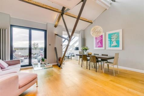 Chiswick High Road, London W4. 4 bedroom flat for sale