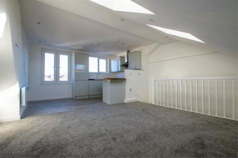 Paget Street, Cardiff, South Glamorgan. 1 bedroom maisonette