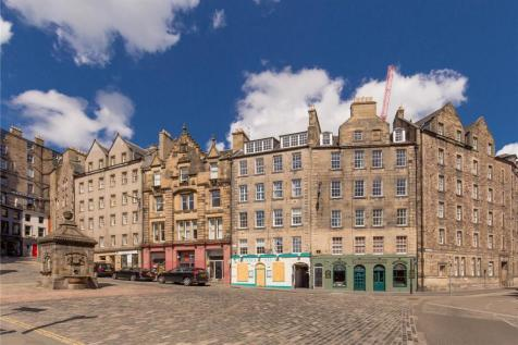 West Bow, Edinburgh. 2 bedroom apartment
