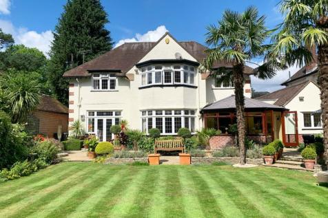 Cawdor Road, Bournemouth, BH3. 4 bedroom detached house