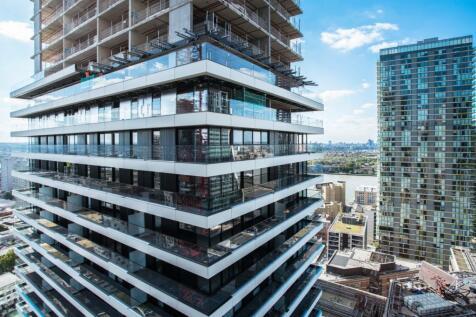 Wardian London, East Tower, Marsh Wall, Canary Wharf, E14. 1 bedroom apartment