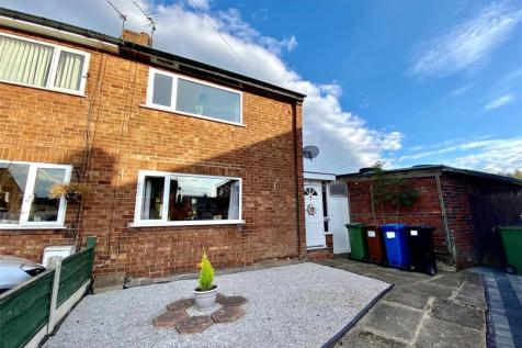 Brookfield Avenue, Offerton, Stockport, SK1. 2 bedroom semi-detached house for sale