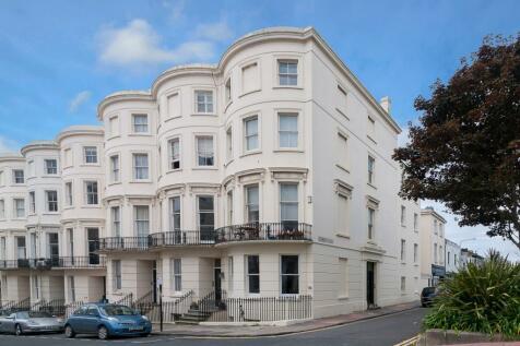 Eaton Place Brighton BN2. 6 bedroom maisonette