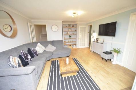 Keswick Hall. 3 bedroom terraced house