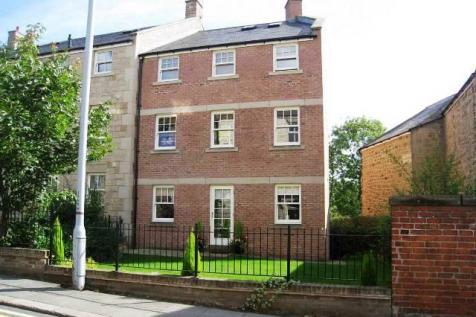 Newminster Place, Morpeth. 2 bedroom flat