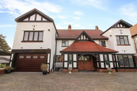 Beverley Park, Whitley Bay. 5 bedroom detached house for sale