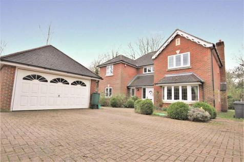 Lady Bettys Drive, Whiteley. 5 bedroom detached house
