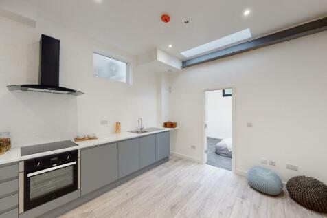 Sydenham Park, London, SE26. 1 bedroom flat