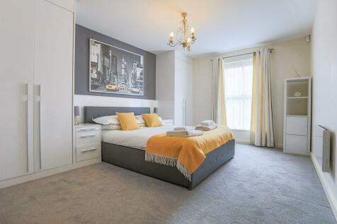 Skeldergate, York, YO1. 2 bedroom flat