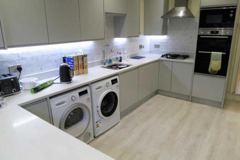 See Video Tour, £125 pppw, Mauldeth Road, Fallowfield. 6 bedroom terraced house