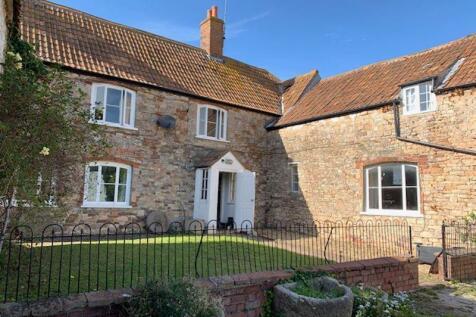 Badgers Lane, Almondsbury. 4 bedroom farm house